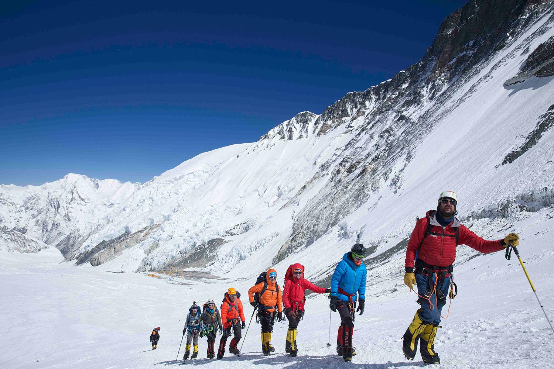 bottomlhotse - Mountain Professionals