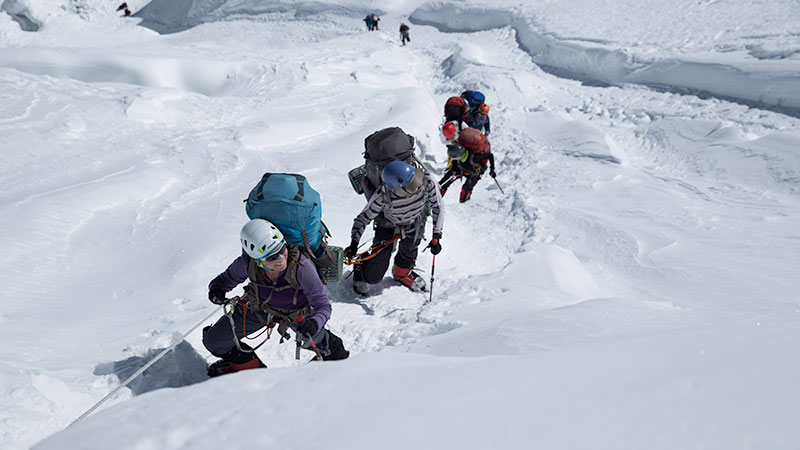 manaslu climb